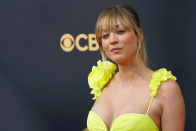 The Mascara Kaley Cuoco Wore to the Emmys Affords a 24-Hour Eliminate