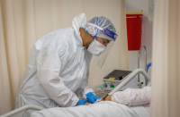Health minister blames Netanyahu for health gadget's problems