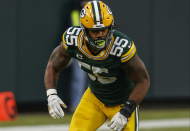 Report: Packers not counting on Za'Darius Smith returning this season