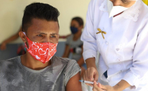 PAHO calls for more concerted action to prevent animal to human diseases, announces agreements to increase access to COVID-19 vaccines
