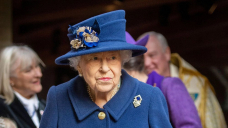 Queen Elizabeth II Uses a Cane to Attend Westminster Service: Photos