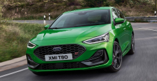 New Ford Focus ST Gets A Whopping Touchscreen, Mean Green Paint And A Wet Zone